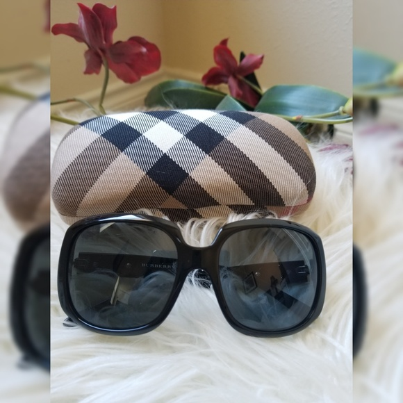 5872a402f3f3 Burberry Accessories - WEEKEND SALE!! Authentic Burberry Sunglasses